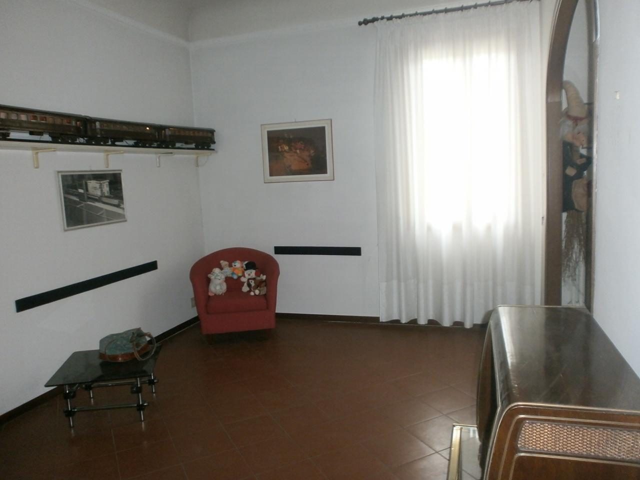 cerca Scandicci  Centro APPARTAMENTO VENDITA