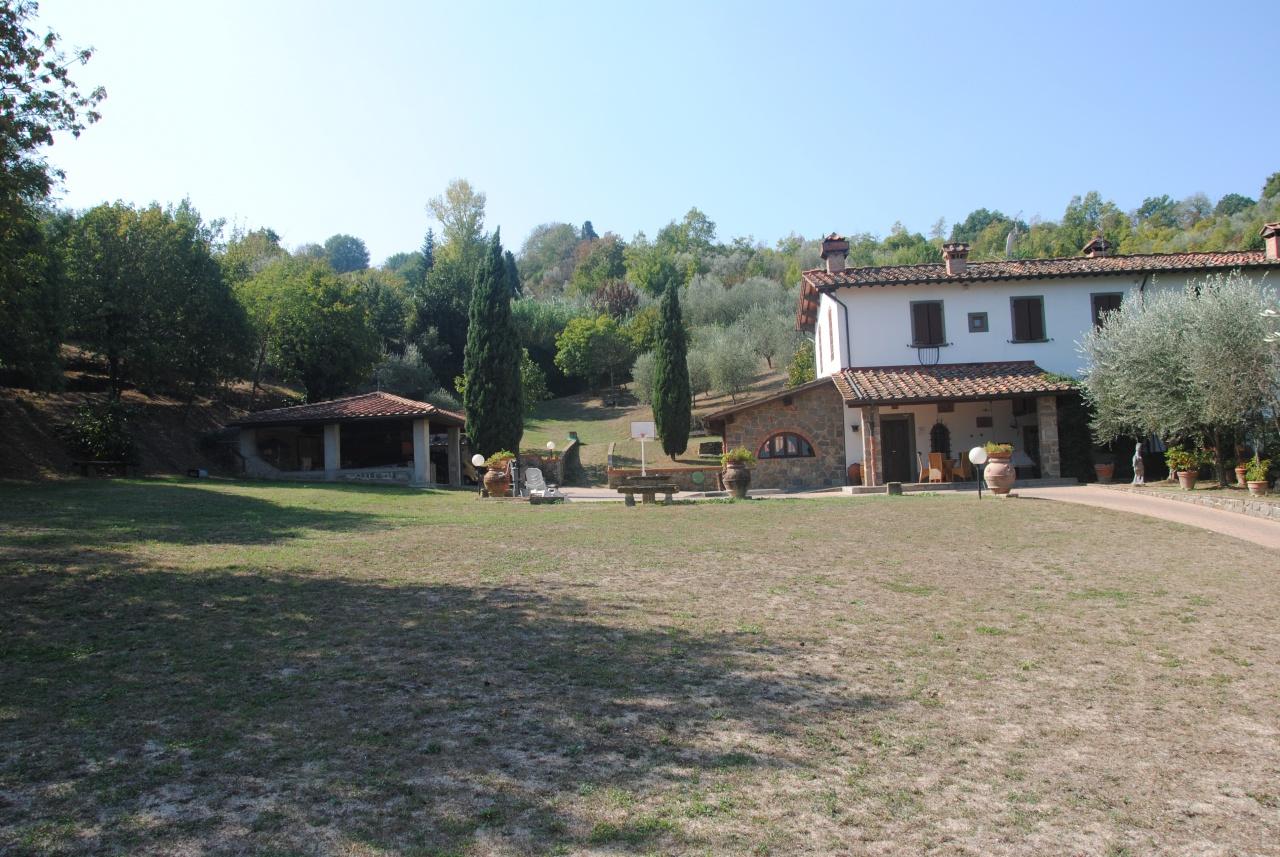 cerca  COLONICA VENDITA Lastra A Signa (zona San Martino)